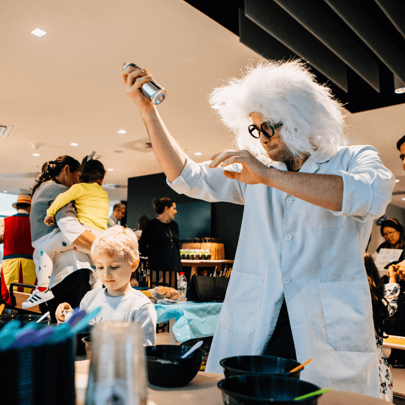 Science Party Entertainer Hire   Fly By Fun